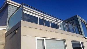 flat roof balustrade