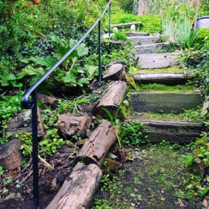 Garden safety handrailing